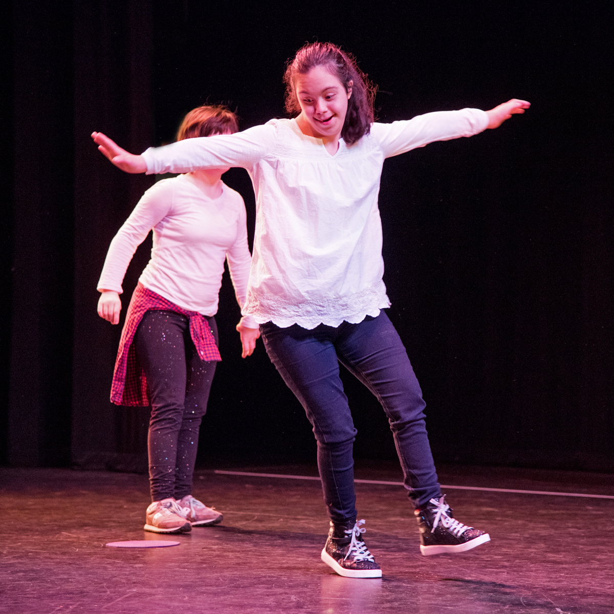 Inclusive Hip Hop for Tweens/Teens (Spring + Summer)
